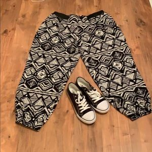 🎉 3 for $15 🎉 Joggers!!